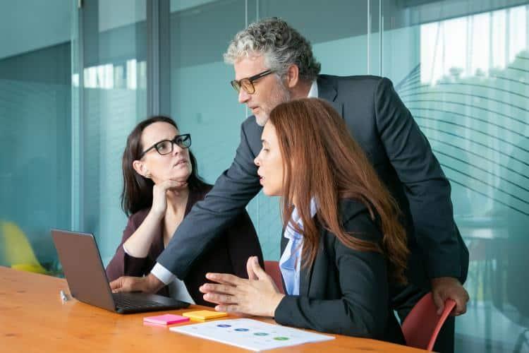Project Management Strategies - Project Management Techniques - Management Skills 06